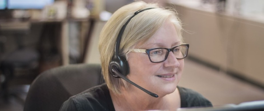 picture of customer service rep